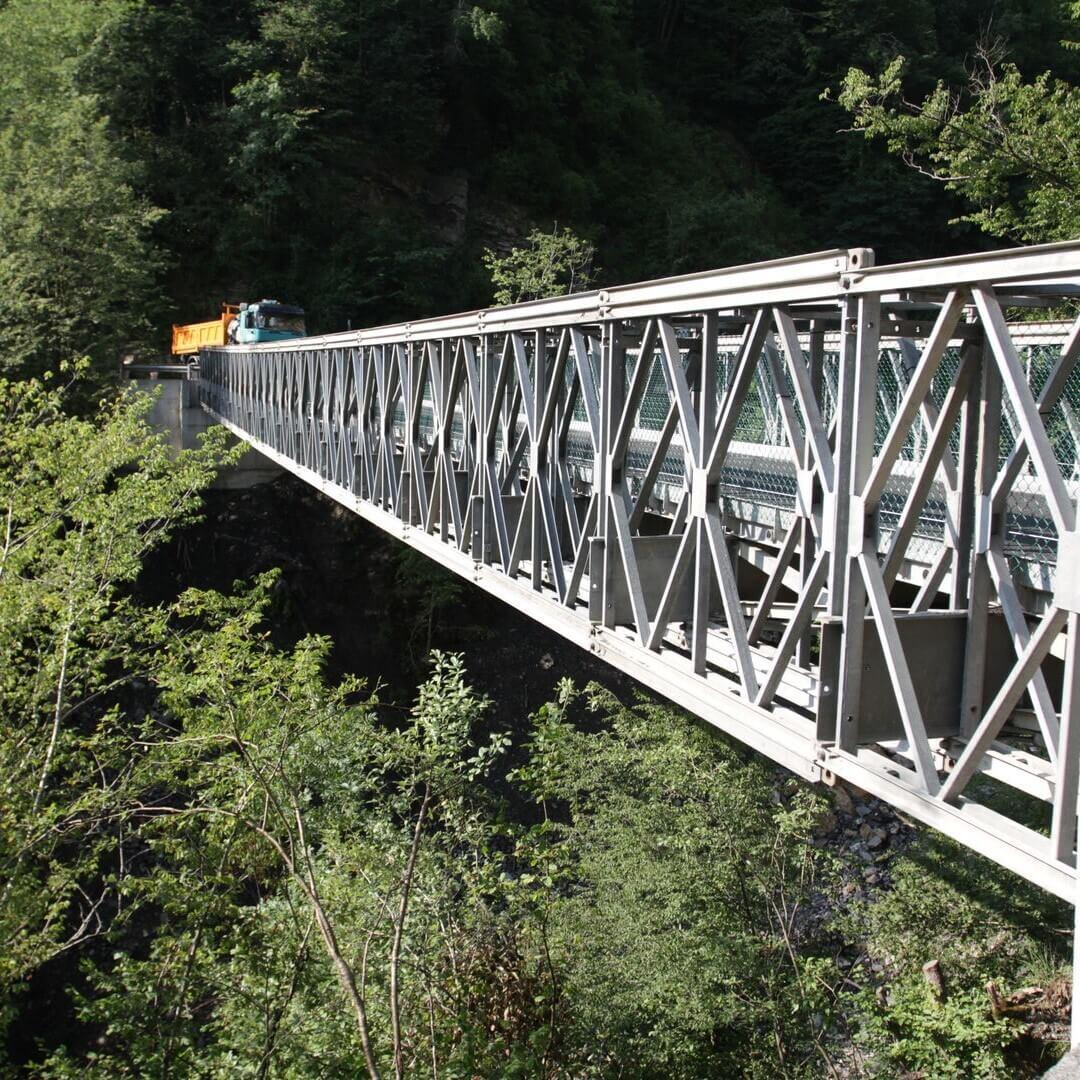 Most panelowy JPB