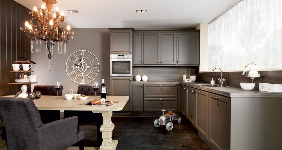 Keller keuken in landelijke stijl