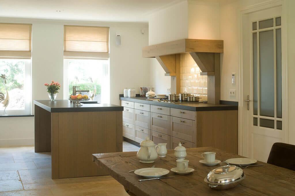 Klassieke handgemaakte keukens