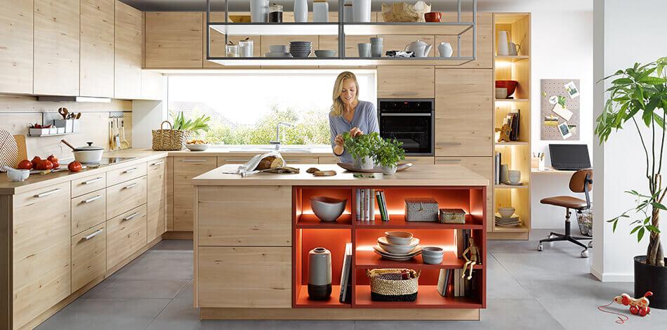 Moderne houtlook keuken